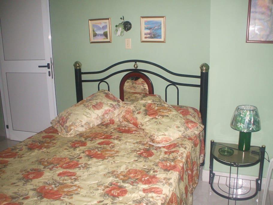 Room #2 - Queen Bed