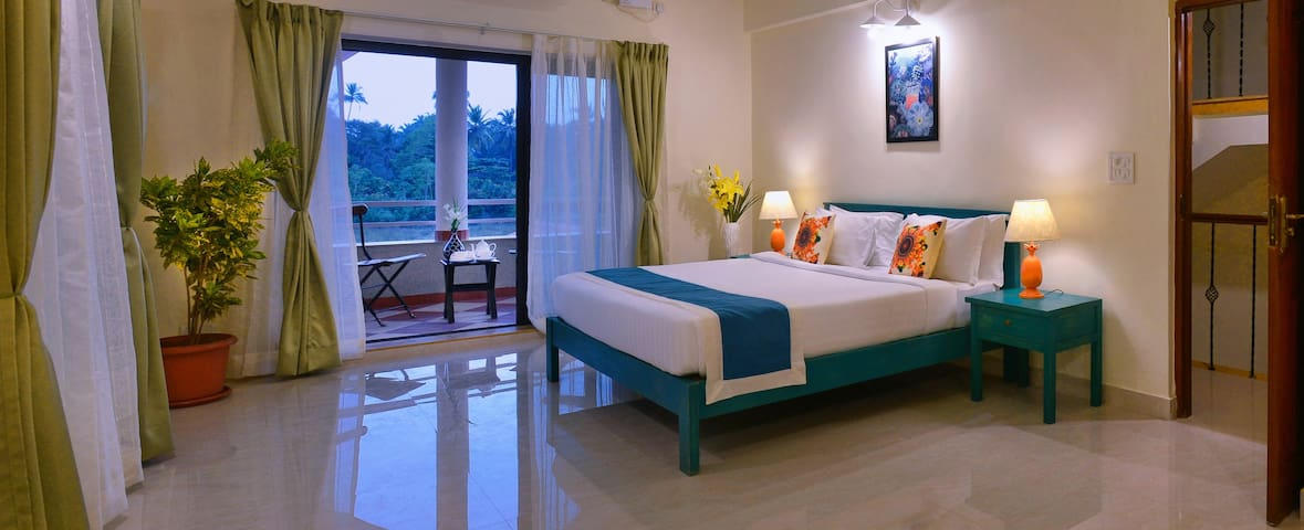 3 BHK Villa- Exclusive Space+Pool for Vacationers