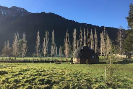 Cabaña Domo ,Lago Ranco Riñinahue , Valdivia Chile