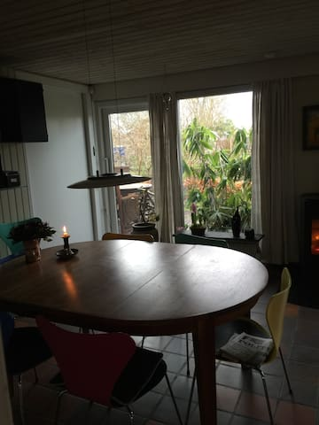Nice and peaceful villa 14 km south of Aarhus - Malling - Haus