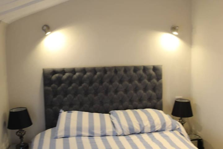 Private Room 4  Hammersmith Fulham