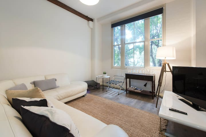 Darling Harbour Entire One Bedroom Apartment Flats For Rent In Pyrmont New South Wales