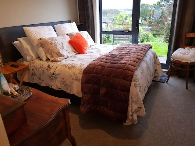 The Bantam Suite @ The Roost  B&B Waiuku