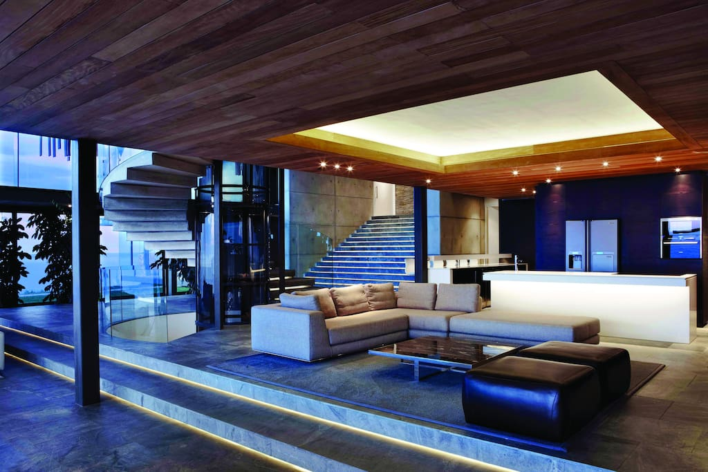 Large and comfortable, open-plan kitchen, dining and lounge areas