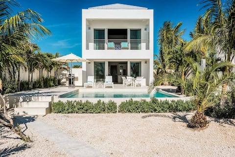 Sorrento Beach front Luxury Villa