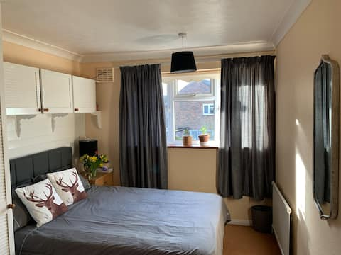 Harlow, Home sweet home, near stansted airport