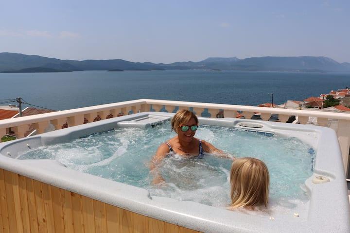 Villa mit Meerblick für 8 Personen Whirlpool