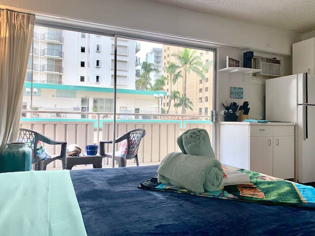 the SURF SHACK of WAIKIKI
