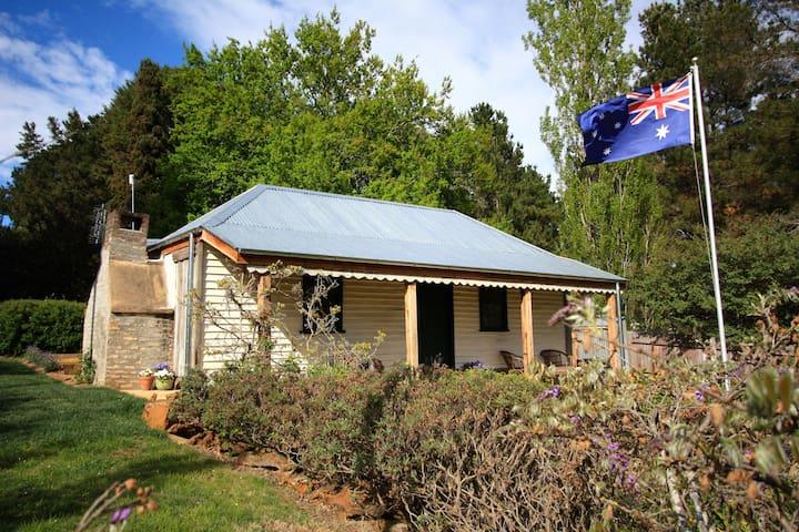 Oldbury Cottage, Berrima Award Winning Heritage
