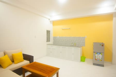 "HOME STAY ""MARGO"" west middle studio,1F(JUST NEW) - Nha Trang - Teljesen felszerelt lakás"