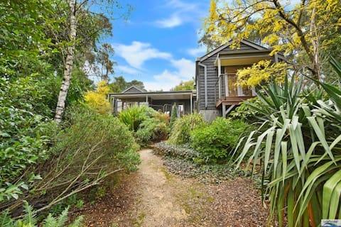 Hidden House in Katoomba, quite & convenient, NEW