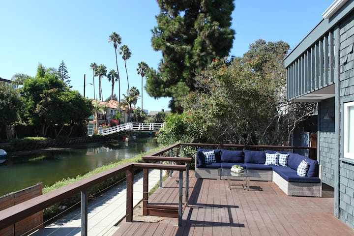 Canals Retreat