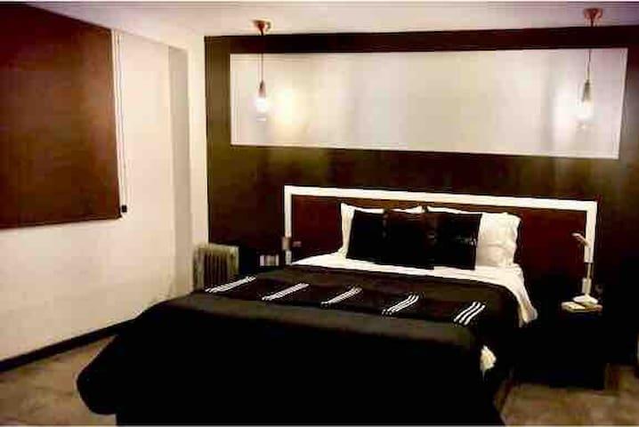 4 Town Square hermoso Loft 4 pers. 1 cama Qs. 1Sfa