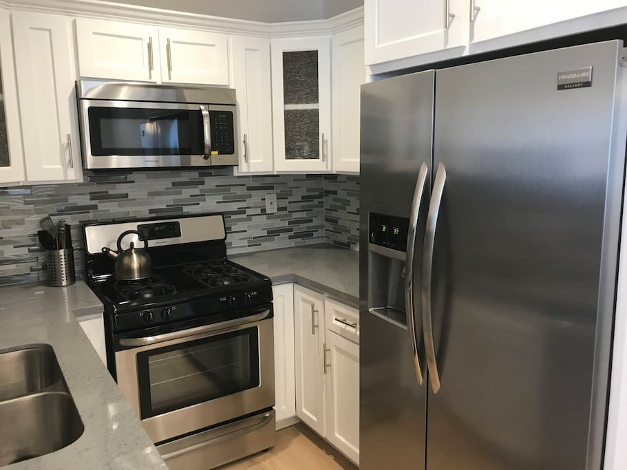 Clean full kitchen.  Microwave, oven, water filter, freezer and refrigerator