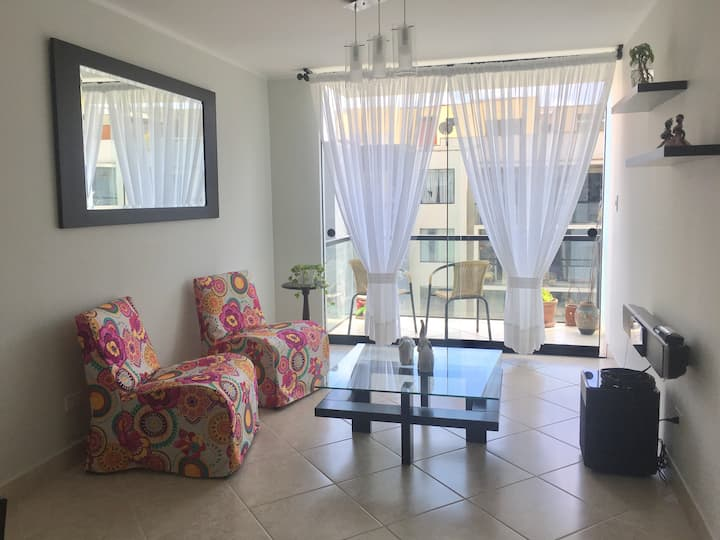 Apartamento Céntrico cerca San Isidro y Miraflores