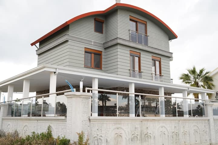 Modern 3 BR Villa with Private Pool in Antalya