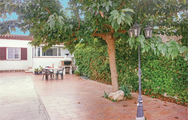 Terraced house with 2 bedrooms on 54 m² in L'Escala