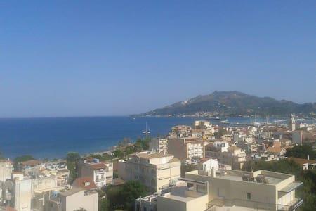 Sea view Apt rm1 - Zakinthos - Leilighet
