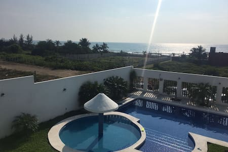 Hermosa Casa de Descanso en Playa de Chachalacas