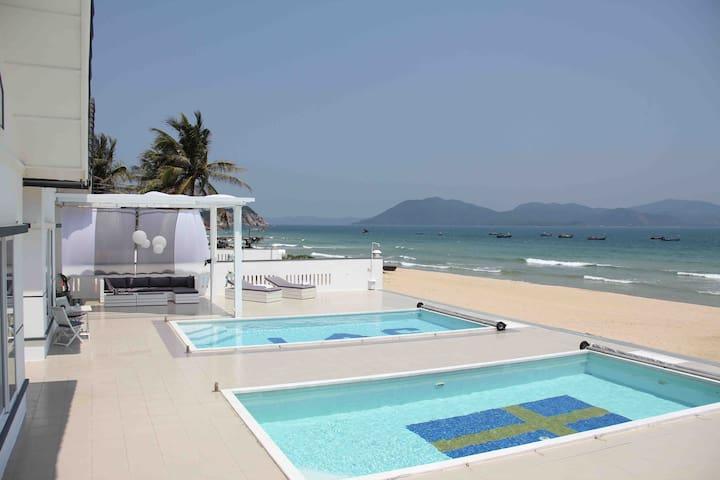 Beachfront - Stay Villas in Ganh Do Phu Yen