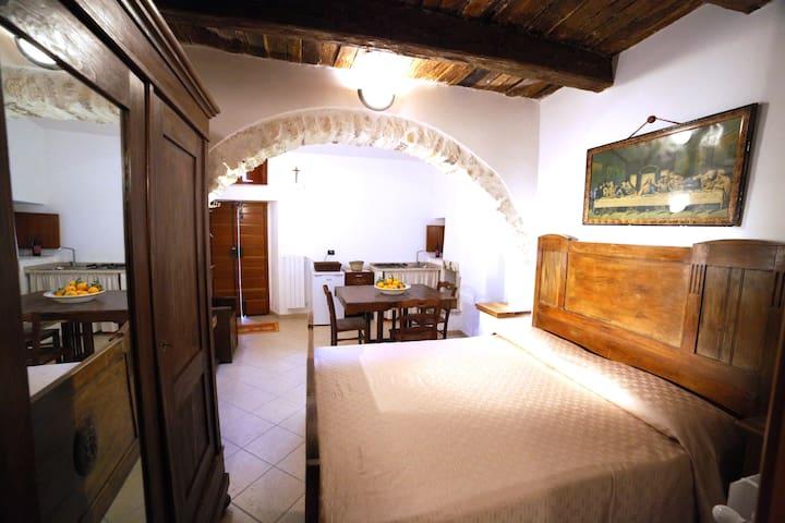 Al Borgo Antico bedroom apartment 4P Vico del Garg - Vico del Gargano - House