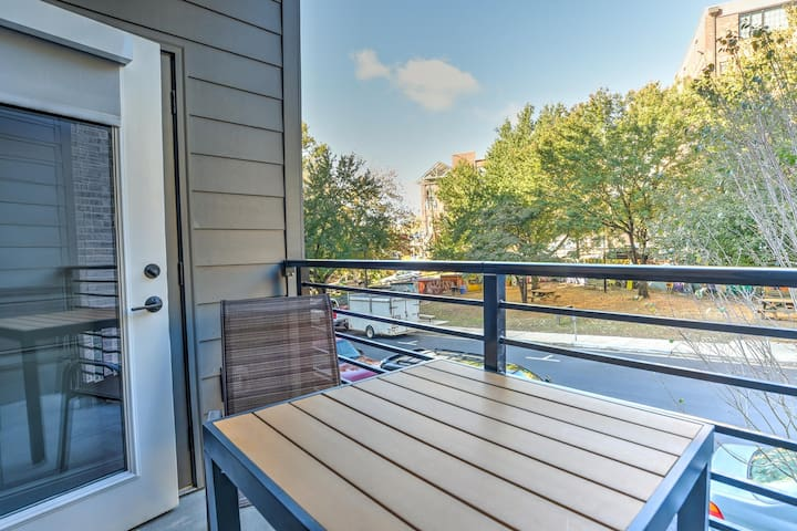 New, luxury condo located in the heart of downtown Asheville~55 S.Market #209
