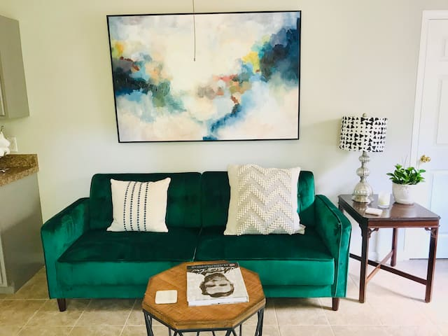 Cozy Decatur Apartment