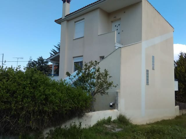 Paliouri-Charming & quiet apartment with nice view