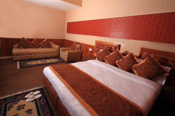 Suite Room- Yarlam Portico - East Sikkim - Hotel boutique