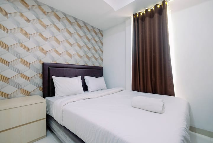 Relaxing Studio Apartment @ Azalea Suites Cikarang