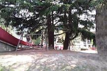 Il parco giochi a 5 minuti a piedi da Le Jasmin.