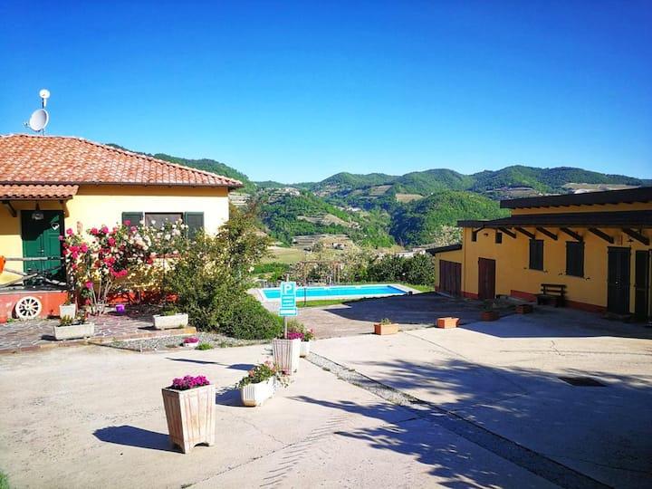 Villa con una stanza a Vesime, con piscina privata e WiFi - 65 km dalla spiaggia
