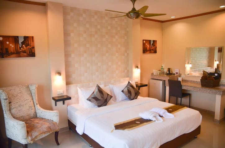 Double room in Boutique hotel 4 Palms Resort