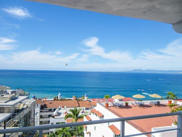 Boana Torre Malibu, Ocean View, condo 603