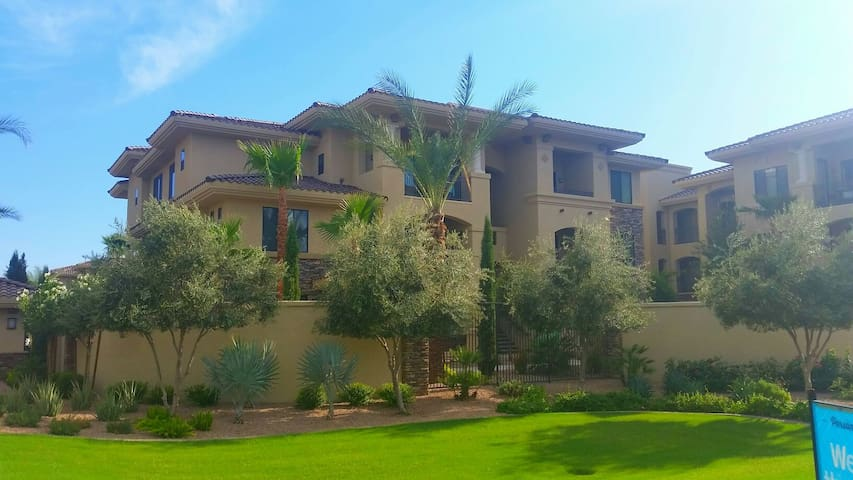 Luxury apartment in South Scottsdale - Scottsdale - Appartement