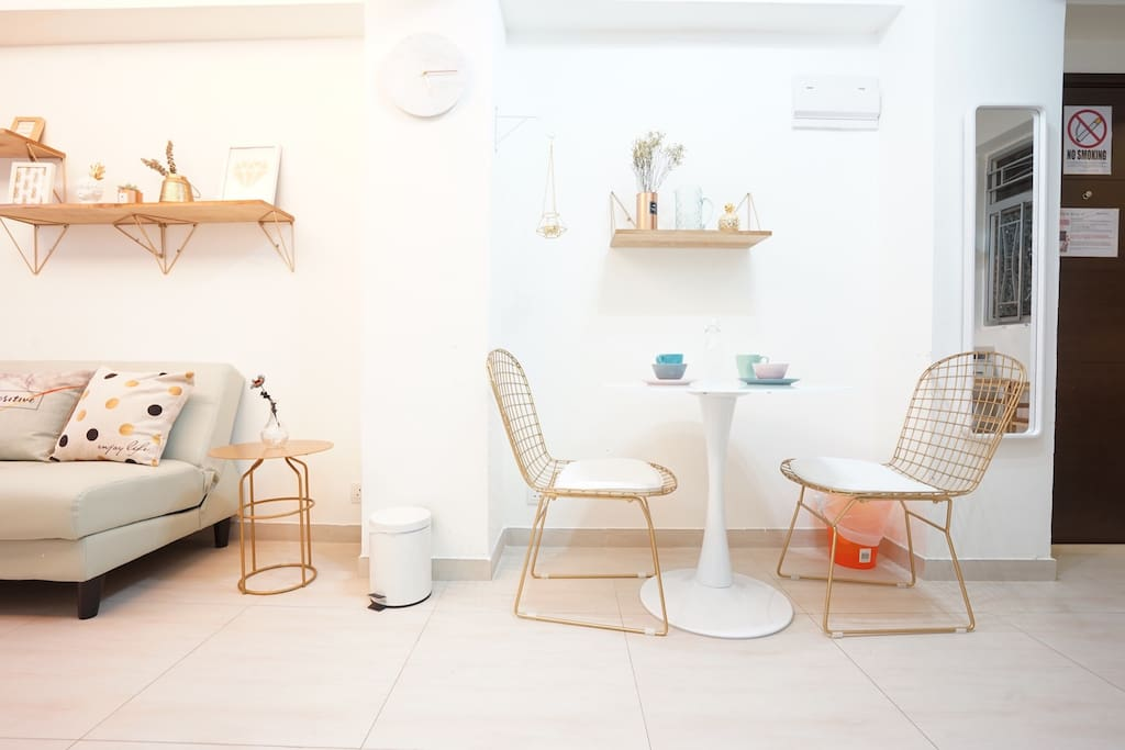 Stylish modern open kitchen 2 br wan chai apartments for Cheap designer furniture hong kong
