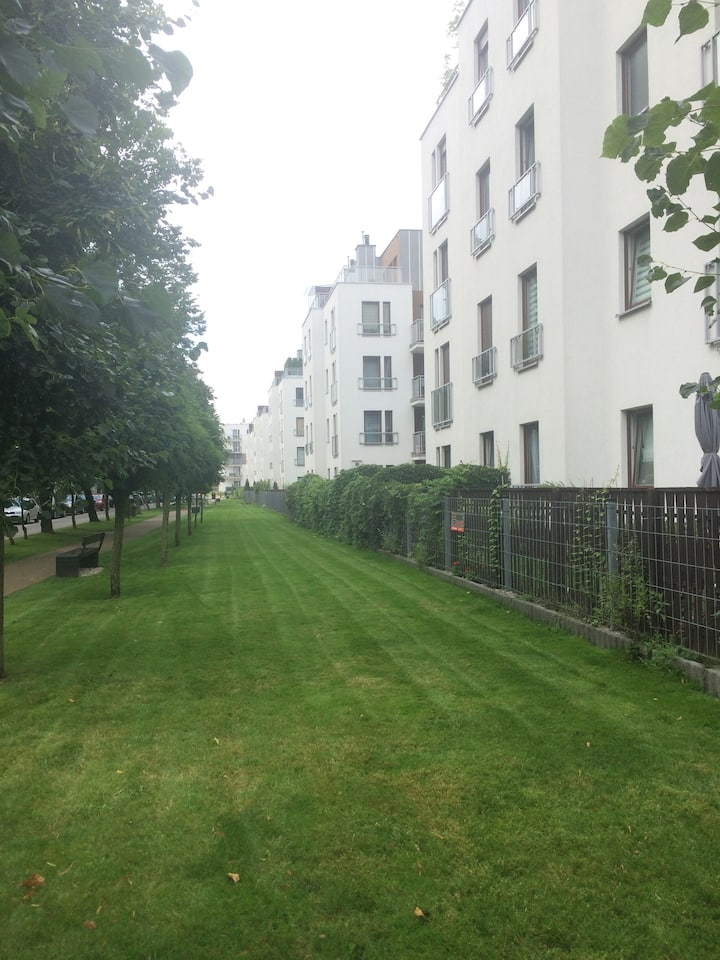 Fully furnished luxury apartment in great location