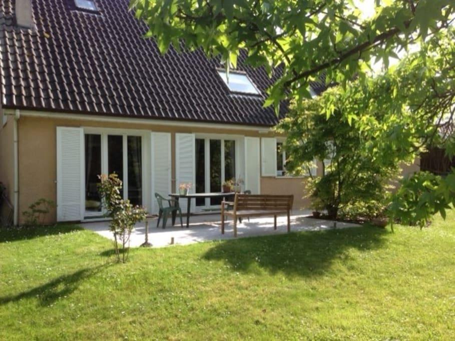 Vue Jardin + Terrasse