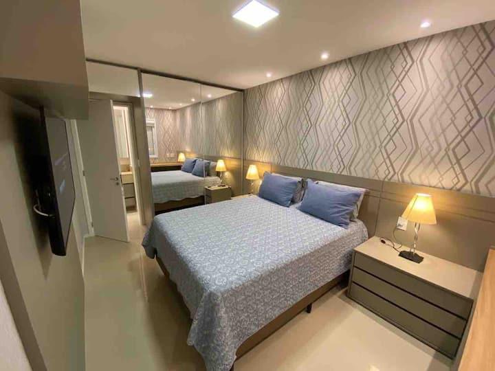 Luxuoso e novo apartamento, região nobre Jd. Goias