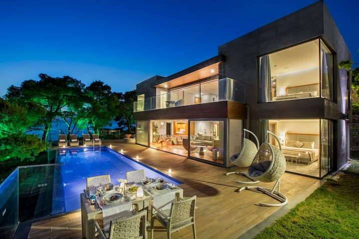Infinity Villa With Private Pool