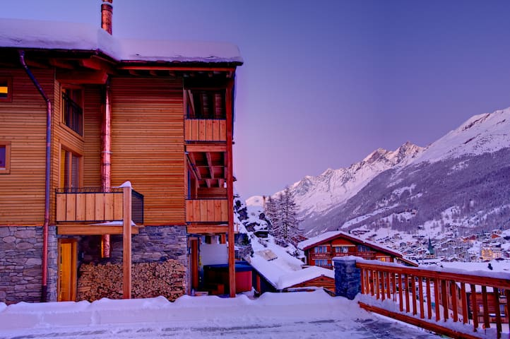 Chalet Castor Zermatt - Mountain Exposure AG