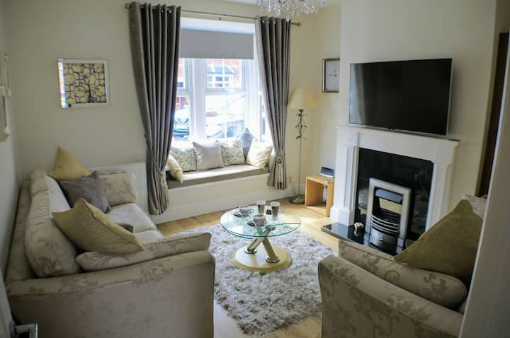 Luxury & Comfort 200 yards from  Cathedral quarter