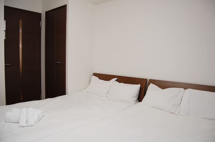 Simple stay in Osaka West / up to 4ppl
