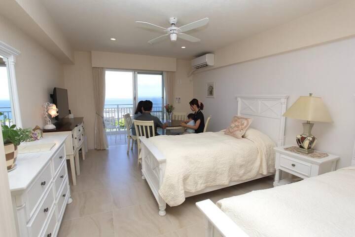 Wisteria Condominium Resort Twin Room - White