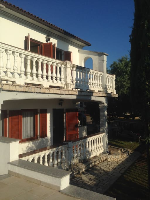 Vila house with 2 floors and big green garden with trees. Sea & Sunset view