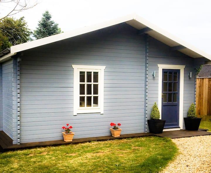 Walnut Tree Lodge- A Country Hideaway in Norfolk