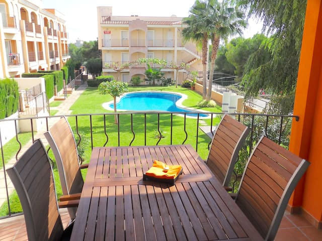 Beautiful apartment close to sea - Vallgornera - Byt