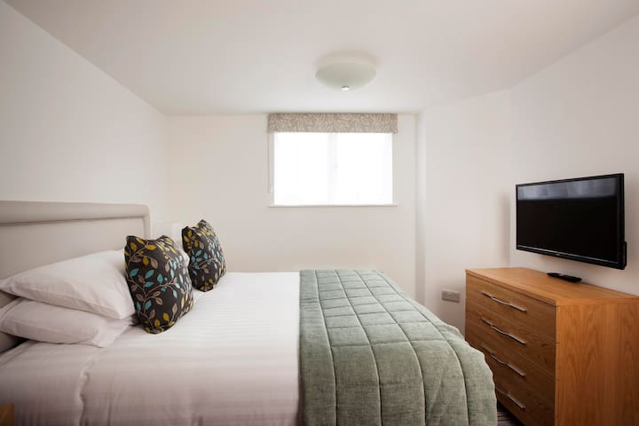 Falmouth Suites - 3 Bedroom Lodge