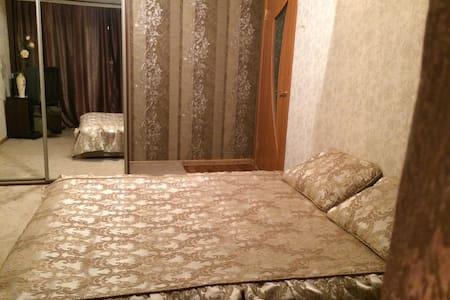 Уютная квартира 1 к в тихом районе - Запорожье