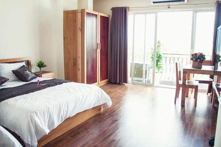 303 Nice, big and bright apartment Nha Trang North